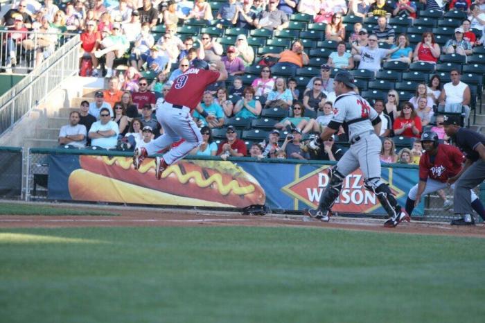Henson, drop-step, JUMP! Photo: Cheryl Pursell