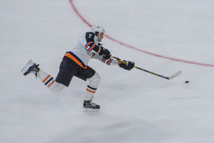 Lauridsen lets one go. Photo: Jack Mitroka