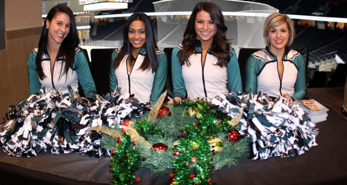 Eagles-Cheerleaders1-12.13.14