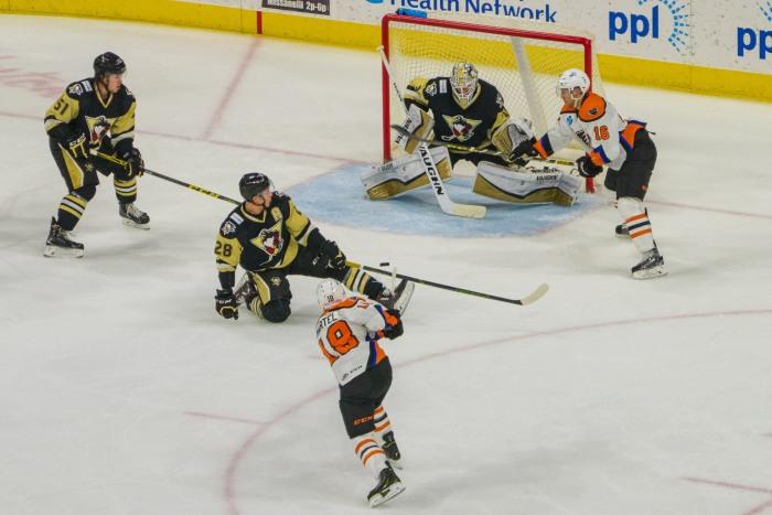 Martel with the shot last season versus Pens. Photo: Jack Mitroka