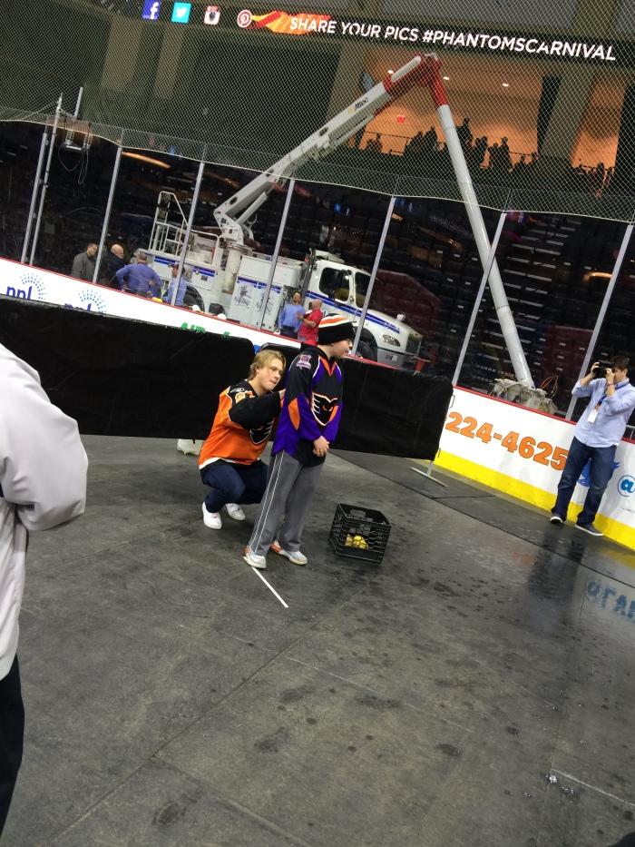 Kram3 gets Jespers auto before sinking the Hershey fan on one pitch. Photo: Kram