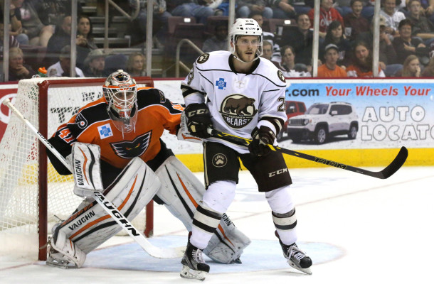 "Lehigh Valley Phantoms shot-stopper Anthony Stolarz will be looking to bounce back after a disappointing second half in the American Hockey League last season ... (photo courtesy ""Faceoff Violation"" blog)"